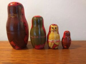 4 PEICE VINTAGE CAT RUSSIAN DOLL