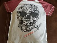 BOYS GREY T-SHIRT/BURGANDY SLEEVES & PIRATE PICTURE ON FRONT - AGE 9-10 YRS