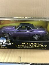 American Muscle 1:18  1971 Dodge Challenger R/T Purple With Black Roof #36549