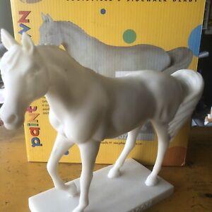 Rare 2004 Gallopalooza Louisville Sidewalk Derby Thoroughbred Horse DIY Bisque