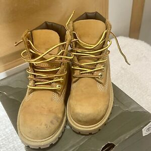 Timberland Boy's Classic Boots Toddler Wheat Size 9.5