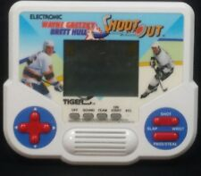 Vintage 1988 WAYNE GRETZKY - BRETT HULL SHOOT OUT Tiger Video Game Working