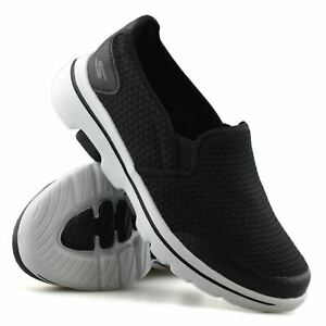 Mens Skechers GOwalk New Slip On Extra Wide Fit Walking Gym Trainers Shoes Size