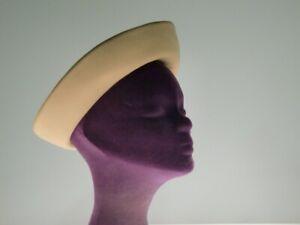 Touriste beige Damenhut Hut Hat Film Requisit Movie
