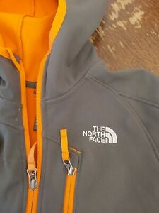North face boys jacket Age 7/8