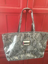 Guess Large Gray Faux Snakeskin Hand Bag Tote Purse Beautiful!