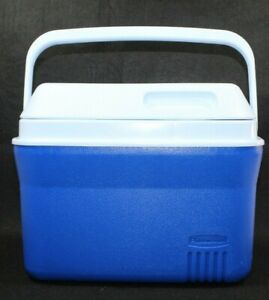 Rubbermaid White & Blue Personal Lunch Cooler 6 Pack Model # 1826
