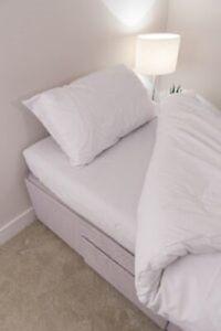 White 68 Pick Polycotton Bed Linen