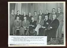 Original 8 X 10 Photo Many HOFERS With Cobb & Young 75th Anniversary NL Dinner