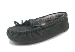Minnetonka Womens Size 6 Black Leather Moccasins Flux Fur Lined Slippers