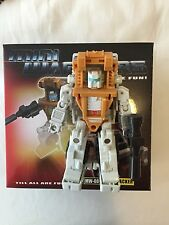 Transformers IGEAR Bushwhacker 100% Complete Outback