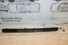 Mercedes W639 Vito Viano - Kennzeichenleuchte Abdeckung 6397432630 NEU NOS 9051