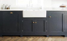 Windsor Shaker In-Frame Belfast Sink Kitchen Unit 680mm 2 Door Cabinet
