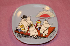 Arabia Moomin Wall Plate ~ Moominfamily on a Float ~ 1991