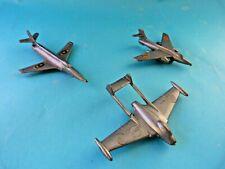 Figurines publicitaires : 3 avions dont BONUX, SUNIL, CAFE DE PARIS