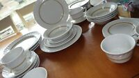 Restaurant Ware Dinnerware Jackson China Complete Set Service 4+EUC 31pcs