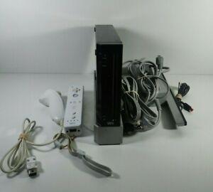 Nintendo Wii Console Bundle RVL-001 Black 1 Controller Tested