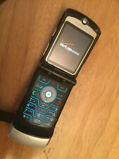 Retro Original Motorola V3 Razr Silver Verizon Cellular Phone 2G As Is Razor