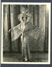 SHOW GIRL IN OUTRAGEOUS GLAMOR COSTUME - EXCEL+ COND 1929 KEY BOOK - MUSICAL MUS