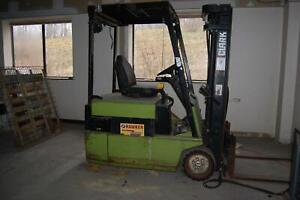 Clark TM20 4000 lb Capacity Electric 3 Wheel Forklift w/ Battery Charger