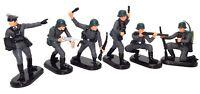 BRITAINS DEETAIL GERMAN W.W.II 6 SOLDIERS - BLACK BASES