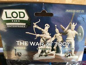 THE WAR AT TROY (8 GREEKS & 8 TROJANS) LOD 1/32 SCALE