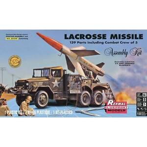 2016 revell 85-7824 1/32 Lacrosse Missile w/ truck crew figs plastic Model Kit