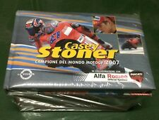 CASEY STONER Italy illustrated book with 1:16 die cast model  DUCATI DESMOSEDICI