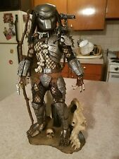 Hot Toys Classic Predator MMS162 1/6 Scale Figure - Used with extras!!!!!!