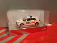 herpa--  Audi Q2   Notarzt - Einsatzfahrzeug--- leuchtgelbes Design   093361