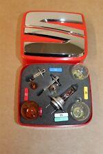Asiento Marca Kit Con Bombilla De Repuesto H1 H3 H7 Etc + Fusibles 000052001B Original Asiento