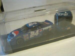 Jeff Gordon #24, 1999 Monte Carlo Pepsi NASCAR & Helmet Display, 1:32 (VR-3)