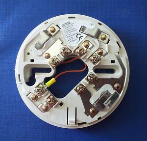 Hochiki CDX Conventional YBO-R/6R Latching Relay Base Fire Alarm& Intruder Alarm