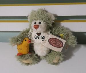 THE GANZ COTTAGE TEDDY BEAR 26CM TAGS! LORRAINE CHIEN CC11117 SPRING