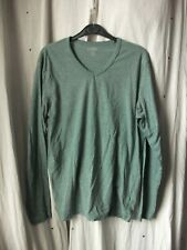 Old-Navy-Classic-Green-Long-Sleeved-V-Necked-Tee-Shirt