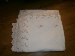 Double white & pink Embroided Flowers Duvet Cover Only.