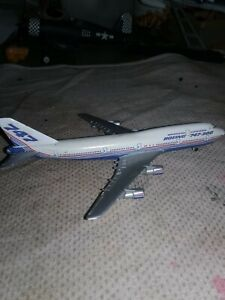 Boeing 747-300.   Schabak