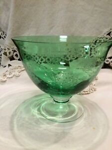 Green Glass Footed Dish Frosted Snowflake Pattern Pedestal Bowl Crystal