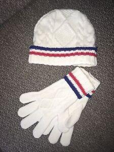 JOHNSTONES of Elgin, 100% Cashmere Hat & Gloves