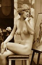 VINTAGE NUDE ARTIST MODEL SITS ANTIQUE EASEL BEAUTY FRENCH WOMAN BREASTS PHOTO