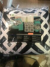 Mainstays Interlocking Geo Bed in a Bag Coordinated Bedding QUEEN SIZE