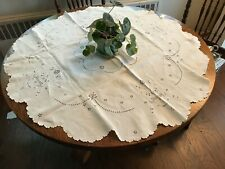 "New Listingfine white linen 42"" round table topper tablecloth hand embroidery formal Nice"