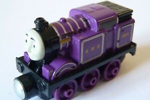 RYAN - VERY GOOD CONDITION - Round Magnets - Take n'Play Thomas. P+P DISCOUNT