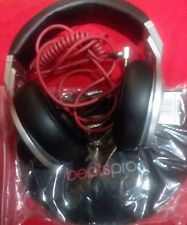 Beats Pro by Dr. Dre Over-Ear Wired Headphones / Pro Carrying Bag / Coiled Cord