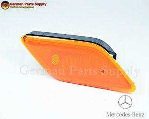 MERCEDES-BENZ E350 Right Side Marker Light Lamp Genuine Original 2128200021