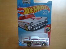 HOT WHEELS 2018 '57 CHEVY/HOLIDAY RACERS #4/6 ON CARD#100/365