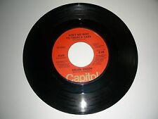 """Helen Reddy """" Ain't No Way To Treat A Lady """"  45 vinyl   1975 Capitol Records VG"""