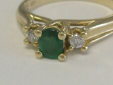 VINTAGE 10 K   NATURAL EMERALD AND DIAMONDS RING SIZE 6,5