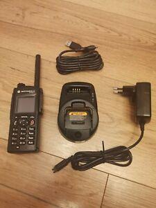Motorola MTP850S Tetra Digitalfunkgerät H60PCN6TZ7AN 380 bis 440 MHz