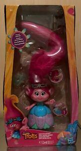 Trolls Poppy mit Licht und Sound (45cm),von DreamWorks hergestellt durch Hasbro
